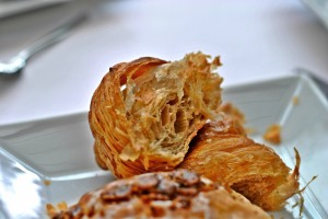 2013_pierre_herme_fetish_infiniment_cafe_coffee_croissant_in.jpg