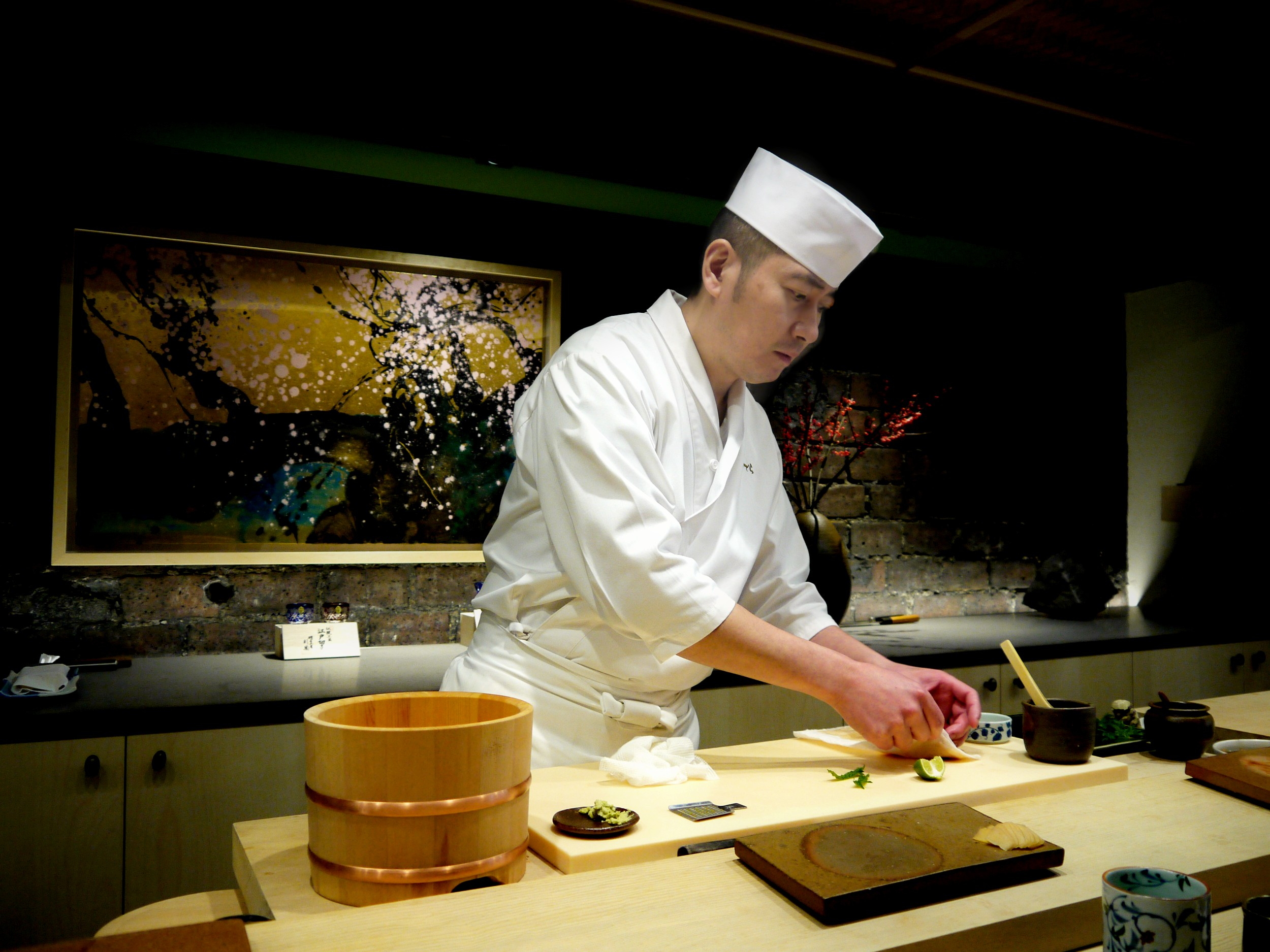 Sushi ginza onodera the perfect sushi experience in for Restaurant japonais chef cuisine devant vous